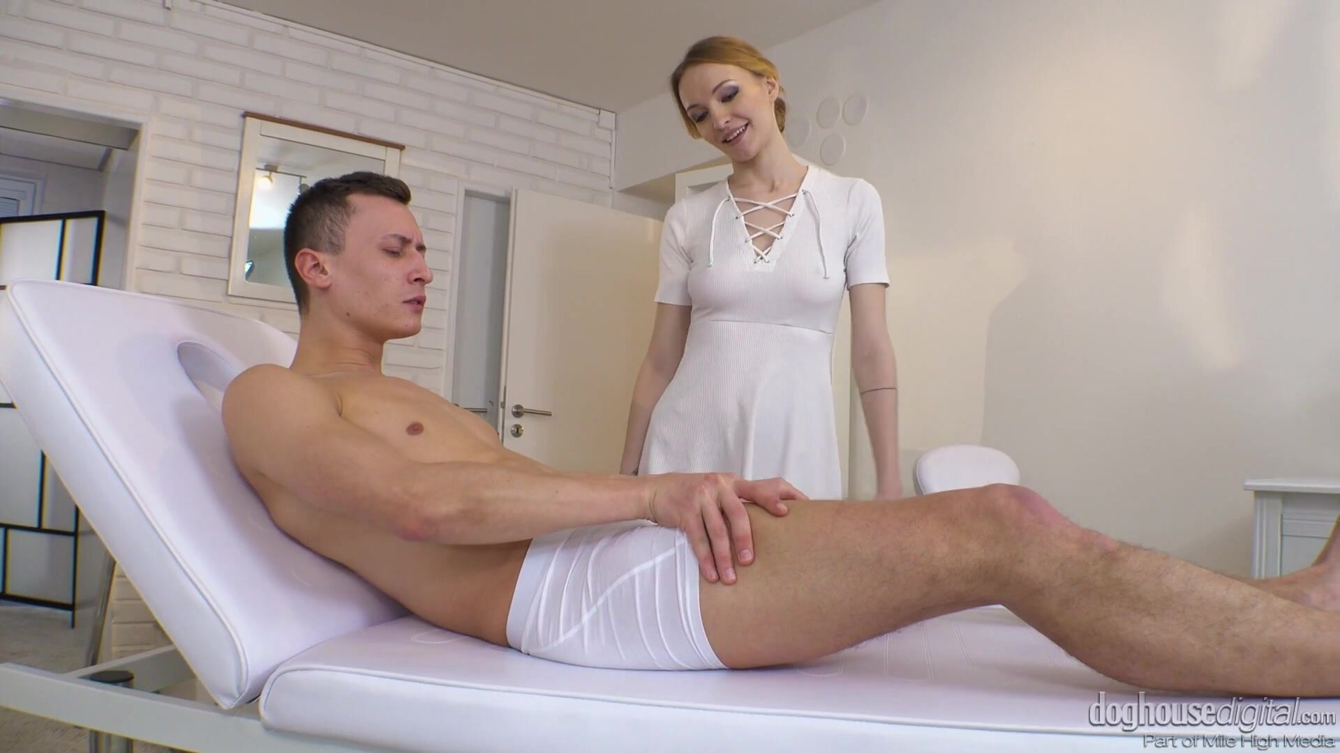 Group Of Guys Fuck Attractive Blonde Girl - Belle Claire