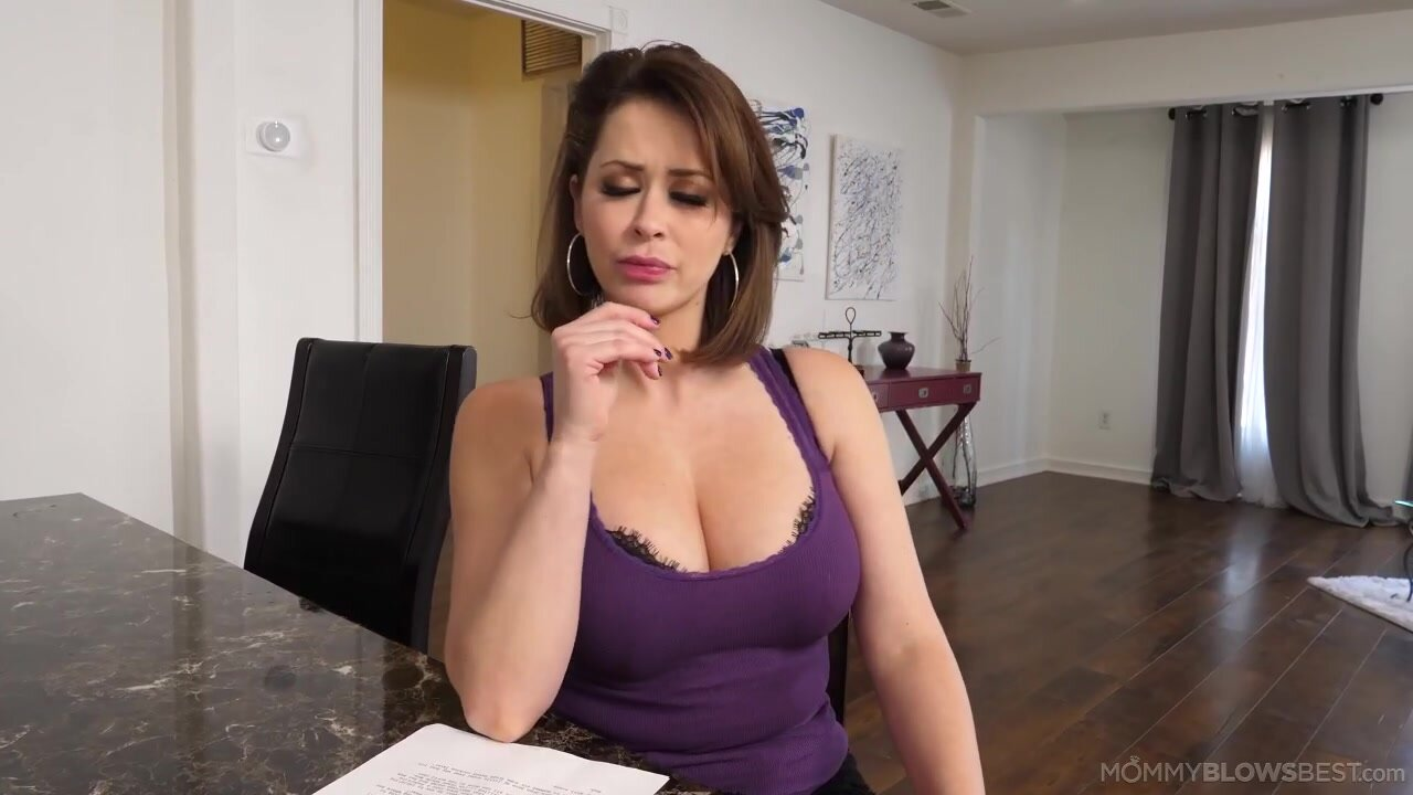 [MommyBlowsBest] Emily Addison - Read Between The Lines NewPorn2021