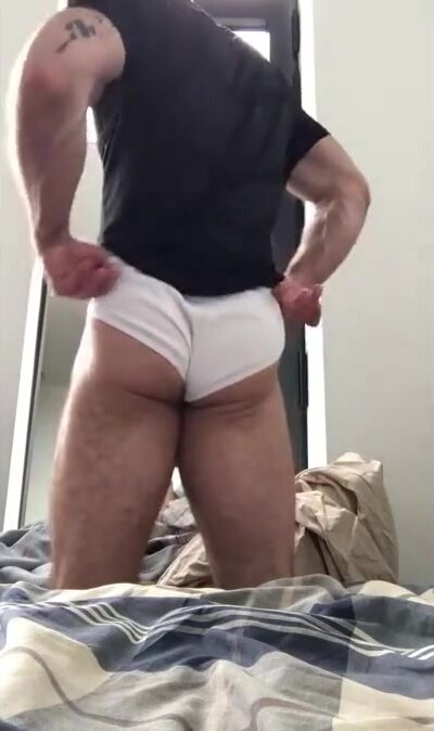 Hunky Hairy Daddy feels up his hot hairy ass 3